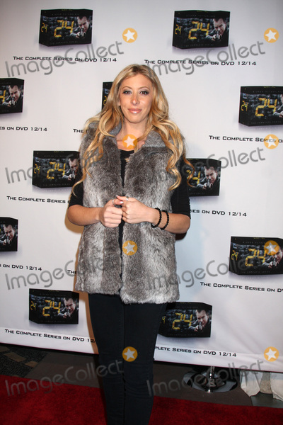 Aubry Fisher Photo - LOS ANGELES - DEC 2  Aubry Fisher arrives at the 24 Marathon Challenge Event  at Hollywood  Highland Center Court on December 2 2010 in Los Angeles CA