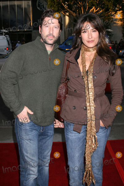 Alicia Coppola Photo - Anthony Michael Jones  Alicia CoppolaBucket List PremiereArcLight Cinerama DomeDecember 16 2007Los Angeles CA