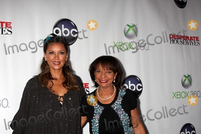 Vanessa Williams Photo - LOS ANGELES - APR 29  Vanessa Williams Helen Williams arrives at the Desperate Housewives Wrap Party at W Hollywood Hotel on April 29 2012 in Los Angeles CA