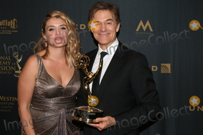 Daphne Oz Photo - LOS ANGELES - MAY 1  Daphne Oz Dr Mehmet Oz at the 43rd Daytime Emmy Awards at the Westin Bonaventure Hotel  on May 1 2016 in Los Angeles CA