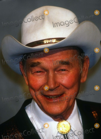 Roy Rogers Photo - Roy Rogers5105JPGCelebrity Archaeology1992 FILE PHOTONew York NYRoy RogersPhoto by Adam Scull-PHOTOlinknet