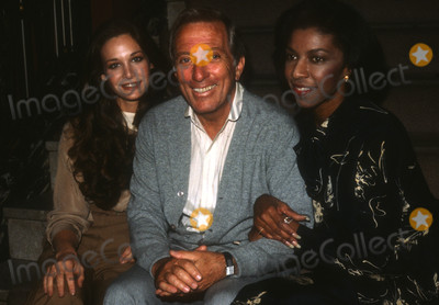 Andy Williams Photo - Andy Williams2177JPG1991 FILE PHOTONew York NYMary Crosby Andy Williams Natalie ColePhoto by Adam Scull-PHOTOlinknetONE TIME REPRODUCTION RIGHTS ONLYNO WEBSITE USE WITHOUT AGREEMENTE-TABLETIPAD  MOBILE PHONE APPPUBLISHING REQUIRE ADDITIONAL FEES718-374-3733-OFFICE - 917-754-8588-CELLeMail INFOPHOTOLINKNET