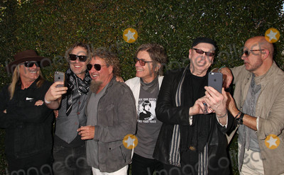 Robin Zander Photo - Photo by REWestcomstarmaxinccomSTAR MAX2016ALL RIGHTS RESERVEDTelephoneFax (212) 995-119641716Dax Nielsen Robin Zander Sammy Hager Tom Petersson and Rick Nielsen at The 13th Annual Stuart House benefit(West Hollywood CA)