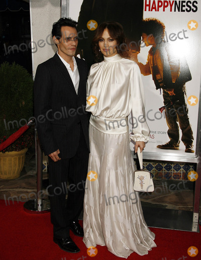 Jennifer Lopez Photo - Photo by NPXstarmaxinccom200612706Jennifer Lopez and Marc Anthony at the premiere of The Pursuit of Happyness(Westwood CA)Not for syndication in France