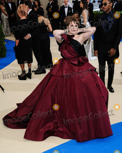 Lena Dunham Photo - Photo by ESBPstarmaxinccomSTAR MAXCopyright 2017ALL RIGHTS RESERVEDTelephoneFax (212) 995-11965117Lena Dunham at the 2017 Costume Institute Gala - Rei KawakuboComme des Garcons Art Of The In-Between(Metropolitan Museum of Art NYC)