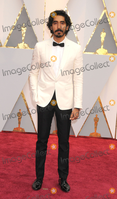 Dev Patel Photo - Photo by GalaxystarmaxinccomSTAR MAXCopyright 2017ALL RIGHTS RESERVEDTelephoneFax (212) 995-119622617Dev Patel at the 89th Annual Academy Awards (Oscars)(Hollywood CA USA)