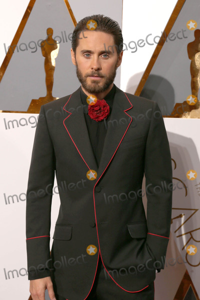 Jared Leto Photo - Photo by REWestcomstarmaxinccomSTAR MAXCopyright 2016ALL RIGHTS RESERVEDTelephoneFax (212) 995-119622816Jared Leto at the 88th Annual Academy Awards (Oscars)(Hollywood CA USA)