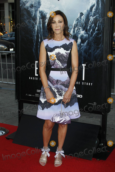 Alison Levine Photo - Photo by REWestcomstarmaxinccomSTAR MAX2015ALL RIGHTS RESERVEDTelephoneFax (212) 995-11967915Alison Levine at the premiere of Everest(Los Angeles CA)