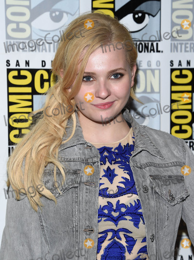 Abigail Breslin Photo - Photo by KGC-11starmaxinccomSTAR MAX2016ALL RIGHTS RESERVEDTelephoneFax (212) 995-119672316Abigail Breslin at a photocall for Scream Queens at Comic-Con 2016(San Diego CA)