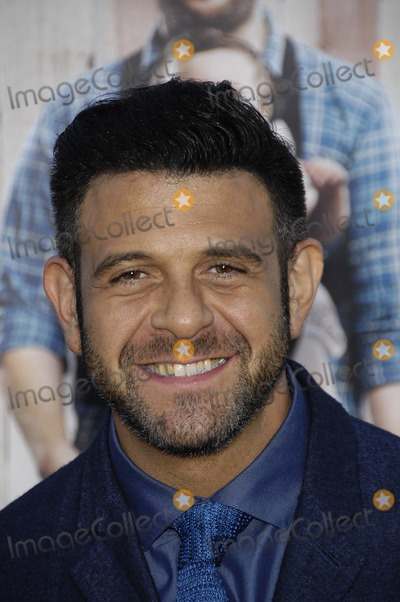 Adam Richman Photo - Photo by Michael GermanastarmaxinccomSTAR MAX2014ALL RIGHTS RESERVEDTelephoneFax (212) 995-119642814Adam Richman at the premiere of Neighbors(Los Angeles CA)