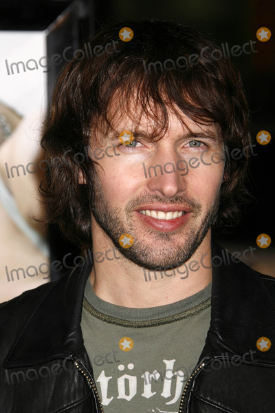 James Blunt Photo - Photo by NPXstarmaxinccom200712907James Blunt at the premiere of PS I Love You(Hollywood CA)Not for syndication in France
