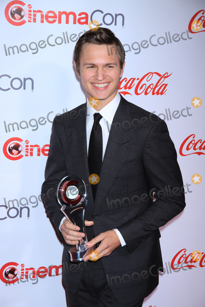 Ansel Elgort Photo - Photo by Raoul GatchalianstarmaxinccomSTAR MAXCopyright 2017ALL RIGHTS RESERVEDTelephoneFax (212) 995-119633017Ansel Elgort at the Big Screen Achievement Awards during CinemaCon 2017 at Caesars Palace(Las Vegas Nevada)