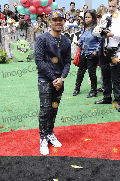 Angry Bird Photo - Photo by Michael GermanastarmaxinccomSTAR MAX2016ALL RIGHTS RESERVEDTelephoneFax (212) 995-11965716Bow Wow at the premiere of Angry Birds(Los Angeles CA)