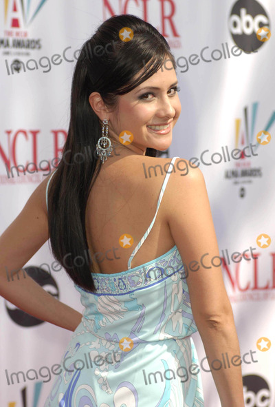 Silvana Arias Photo - Photo by Michael Germanastarmaxinccom20065706Silvana Arias at the NCLR ALMA Awards(Los Angeles CA)