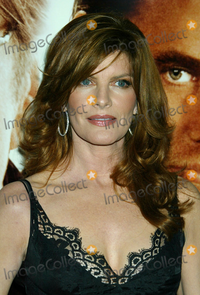 RENEE RUSSO Photo - Photo by NPXstarmaxinccom200592606Rene Russo at the premiere of Two for the Money(Beverly Hills CA)