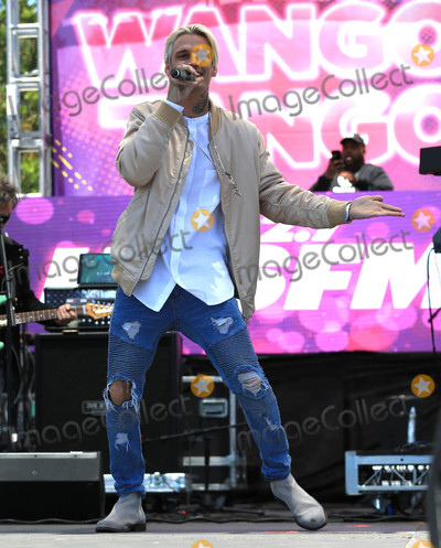 Aaron Carter Photo - Photo by gotpapstarmaxinccomSTAR MAX2017ALL RIGHTS RESERVEDTelephoneFax (212) 995-119651317Aaron Carter at 1027 KIIS FMs 2017 Wango Tango Concert in Carson CA