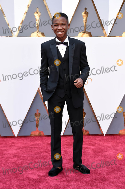 Abraham Attah Photo - Photo by KGC-11starmaxinccomSTAR MAXCopyright 2016ALL RIGHTS RESERVEDTelephoneFax (212) 995-119622816Abraham Attah at the 88th Annual Academy Awards (Oscars)(Hollywood CA USA)