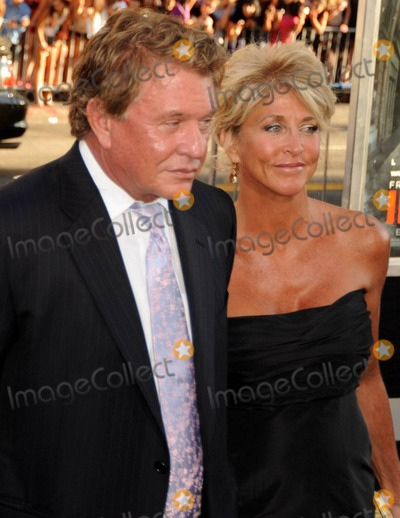 Tom Berenger Pictures ...