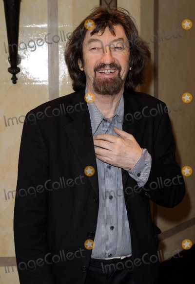 Trevor Nunn Photo - Trevor Nunn at the South Bank Sky Arts Awards at the Dorchester in London UK 12511