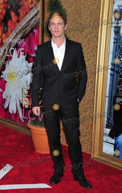 David Lyons Photo - David Lyons arrives at the premiere of Eat Pray Love held at Ziegfeld Theatre  The drama starring Julia Roberts and co-starring the recently wed Javier Bardem is based on the New York Times Best Seller memoirs by Elizabeth Gilbert  42-year-old mother of three Roberts who looked phenomenal in her short-shorts and blazer suit was recently quoted as saying I havent done a main part in a movie in a long time and I wondered if that kind of work load would still be interesting to me and I was very happy at the end of this that I felt incredibly fulfilled as a creative person New York NY 081010