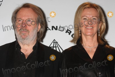 Anni Frid Lyngstad Photo - BENNY ANDERSSON and ANNI-FRID FRIDA LYNGSTAD PRINSESSAN REUSS of ABBA at the 25th annual induction ceremony of The Rock and Roll Hall of Fame Foundation at The Waldorf-Astoria in New York City on 03-15-2010  Photo by Henry McGee-Globe Photos Inc 2010K64883HMc