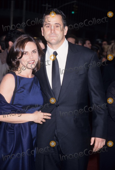 Anthony Lapaglia Photo - Anthony Lapaglia with Gia Carides the 52nd Annual Tony Awards at the Radio City Music Hall in New York 1998 K12575hmc Photo by Henry Mcgee-Globe Photos Inc