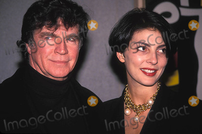 Gina Bellman Photo - Secret Friends Screening  New York City Photo Henry Mcgee Globe Photos Inc Alan Bates and Gina Bellman Alanbatesretro