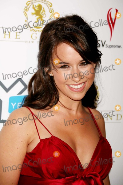 Lacey Chabert Photo - Lacey Chabert Arriving at the Launch of Yflycom at the Grand in New York City on 10-13-2006 Photo by Henry McgeeGlobe Photos Inc 2006