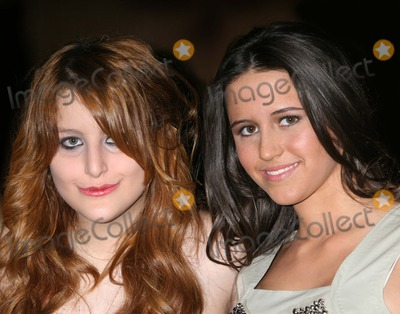 Adolescents Photo - NYC  030708Samantha Perelman (Ron Perelmans daughter) and Katie Courics daughter Ellie MonahanTEEN EFFORT annual fundraiser for the Mount Sinai Adolescent Health Center at the Mandarin Oriental HotelDigital Photo by Adam Nemser-PHOTOlinknet
