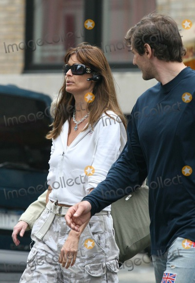Alexei Yashin Photo - NYC  082606EXCLUSIVE Carol Alt talking on her cell phone while shopping with Alexei Yashin in SOHO after he bought her a necklace for no particular occasionDigital Photo by Adam Nemser-PHOTOlinknet