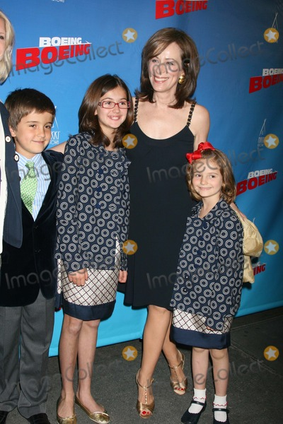 Jane Kaczmarek Photo - NYC  050408Jane Kaczmarek with children Frances Whitford (11 years old) George Whitford (8 years old) and Mary Louisa Whitford (6 years old) opening night of Boeing-Boeing at the Longacre Theatre on BroadwayDigital Photo by Adam Nemser-PHOTOlinknet
