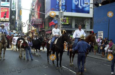 ADAM STORKE Photo - NEW YORK AUGUST 20 2002    STOCK PHOTO TOM BERENGER AND ADAM STORKE ON THE SET OF JOHNSON COUNTY WAR