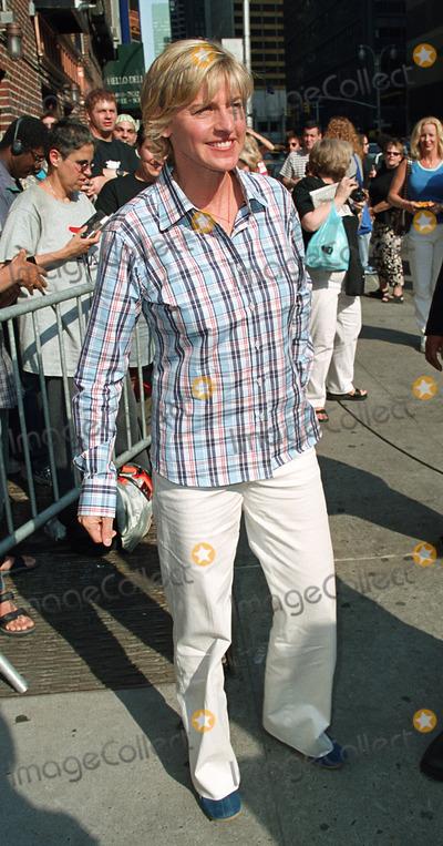 Ellen Degeneres Photo - ELLEN DEGENERES arrives at Ed Sullivan Theater in New York to make an appearance on the Late Show With David Letterman New York June 18 2002