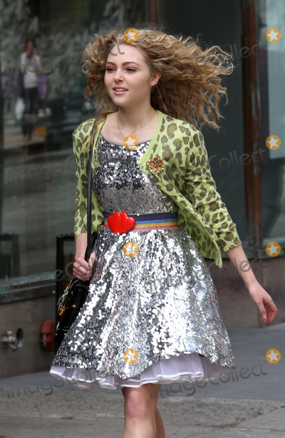 AnnaSohpia Robb Photo - April 1 2012 New York CityActress AnnaSophia Robb on the set of the new TV show The Carrie Diaries on April 1 2012 in New York City