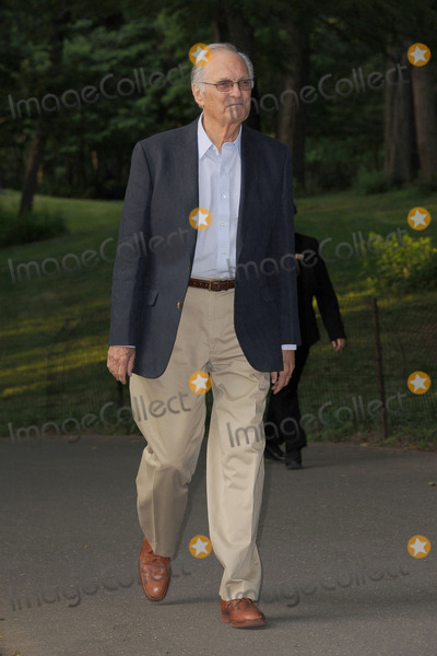 Alan Alda Photo - June 18 2012 New York City Alan Alda arrives at Delacorte Theater to attend the Public Theater Gala on June 18 2012 in New York City