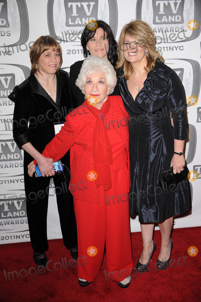Nancy Mckeon Photo - Geri Jewell Charlotte Rae Nancy McKeon and Lisa Whelchel attend the 9th Annual TV Land Awards at the Javits Center on April 10 2011 in New York City