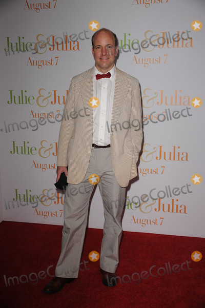 ALEX PRUDHOMME Photo - Alex Prudhomme arriving at the Julie  Julia premiere at the Ziegfeld Theatre on July 30 2009 in New York City