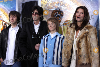 Ric Ocasek Photo - (L-R) Jonathan Raven Ocasek Ric Ocasek Oliver Orion Ocasek and Paulina Porizkova arriving at the Hugo premiere at the Ziegfeld Theatre on November 21 2011 in New York City