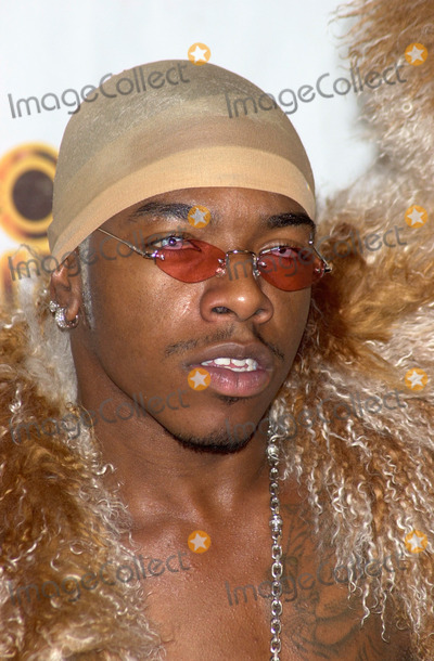 Train Photo - 04MAR2000 Singer SISQO at the 14th Annual Soul Train Music Awards in Los Angeles Paul Smith  Featureflash