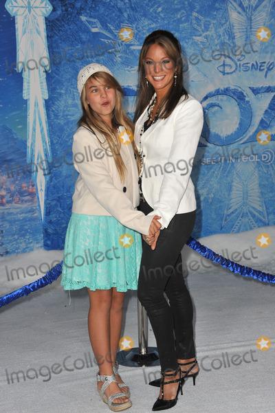Eva LaRue Photo - Eva LaRue  daughter at the premiere of Disneys Frozen at the El Capitan Theatre HollywoodNovember 19 2013  Los Angeles CAPicture Paul Smith  Featureflash