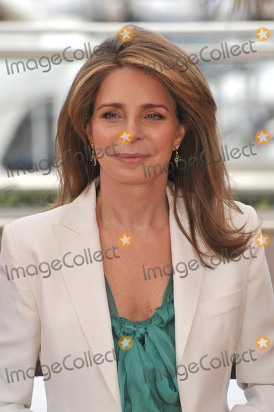 Queen Noor of Jordan Photo - Queen Noor of Jordan at photocall for Countdown to Zero at the 63rd Festival de CannesMay 16 2010  Cannes FrancePicture Paul Smith  Featureflash