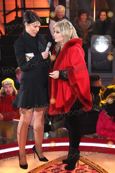 Linda Nolan Photo - Linda Nolan Emma Willis at Celebrity Big Brother 2014 - Contestants Enter The House Borehamwood 03012014 Picture by Henry Harris  Featureflash