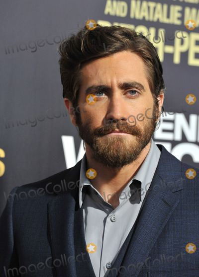 Jake Gyllenhaal Photo - Jake Gyllenhaal at the premiere of his movie End of Watch at the Regal Cinemas LA LiveSeptember 17 2012  Los Angeles CAPicture Paul Smith  Featureflash