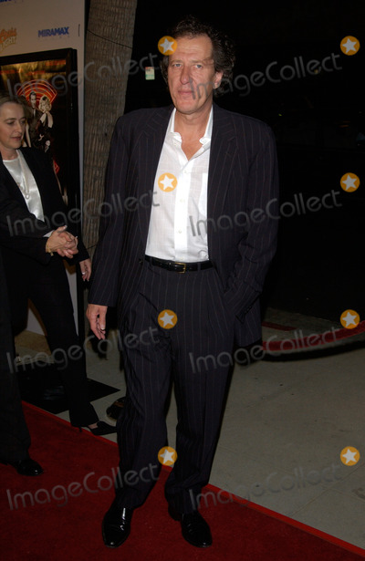 Geoffrey Rush Photo - Actor GEOFFREY RUSH at the Los Angeles premiere of Chicago10DEC2002   Paul Smith  Featureflash