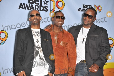 Ralph Tresvant Photo - Heads of State - Johnny Gill Ralph Tresvant  Bobby Brown - at the 2009 BET Awards (Black Entertainment Television) at the Shrine AuditoriumJune 28 2009  Los Angeles CAPicture Paul Smith  Featureflash