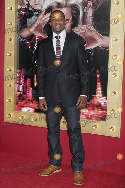Arlen Escarpeta Photo - Arlen Escarpeta03112013 The Incredible Burt Wonderstone Premiere held at TCL Chinese Theatre in Hollywood CA Photo by Kazuki Hirata  HollywoodNewsWirenet