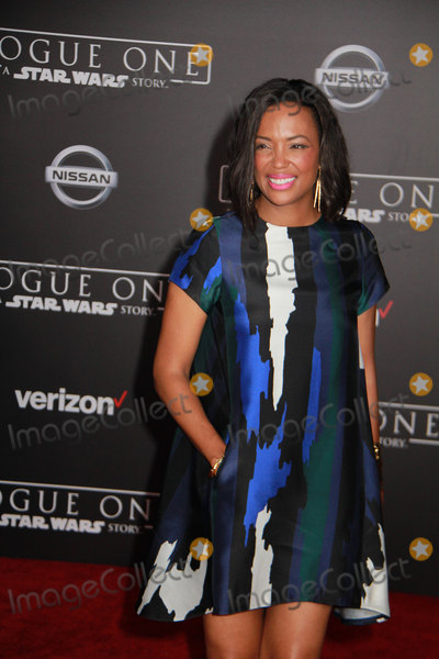 Aisha Tyler Photo - Aisha Tyler 12102016 The World Premiere of Rogue One A Star Wars Story held at the Pantages Theatre in Los Angeles CA Photo by Izumi Hasegawa  HollywoodNewsWireco