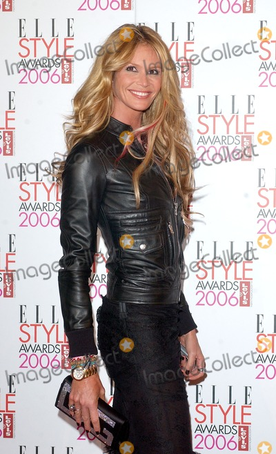 Elle Macpherson Photo - London Elle Macpherson at the Elle Style Awards held at the Atlantis Gallery Old Truman Brewery20 February 2006Eric BestLandmark Media