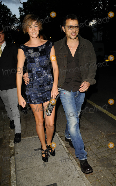 Alexandra Evans Photo - London UK Britains Next Top Model winner Alexandra Evans and Gerry Deveaux  at June Sarpongs website PoliticsAndTheCitycom launch party held at Institute of Contemporary Arts 8th July 2008Can NguyenLandmark Media