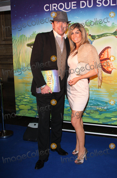 James Martin Photo - London UK James Martin at the Premiere of Cirque du Soleils Totem at the Royal Albert Hall London 5th January 2011Keith MayhewLandmark Media